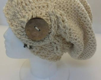 Slouchy Beanie with large button