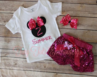 Minnie Mouse Birthday Outfit ~ Minnie Sequin Shorts Outfit ~ Includes Top, Sequin Shorts and Hair Bow ~ Customize in any colors!