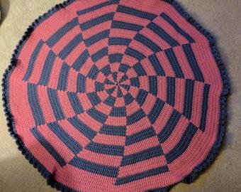 Pinwheel Blanket, Spiral Crochet, Fuscia and Denim Throw