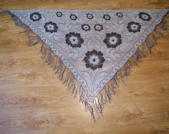 Polish silver Lace Shawl Fringe flower Rose Disco era Shoulder Wrap Soviet Triangle Shawl Evening Wrap Shawl Boho Chic Elegant Wedding Scarf