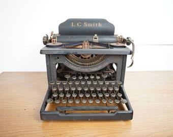 1920s L.C. Smith Vintage Typewriter - Vintage Typewriter
