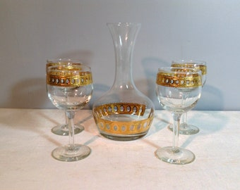 Vintage Culver Antiqua Decanter and Four Stemmed Wine Glasses / 22K Gold Culver Wine Decanter and Glasses / 5 Pc Set