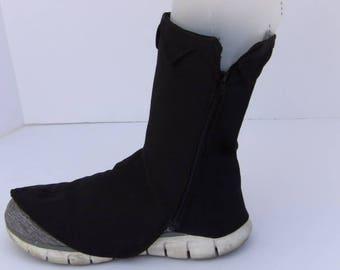 black elvish spats