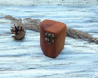 Custom Memory Box, Small Rustic Wooden Keepsake Box, Gift Box, Wedding Memory Chest, Jewelry or Photo Box, Wedding Ring Box, Amber Box
