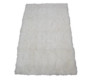 Cashmere Goat Rug: Natural White-Brightened (1268-A050-G01EW)