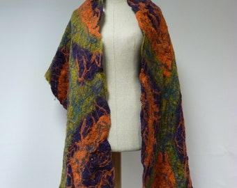 Warm handmade wool shawl. Only one sample, perfrct for gift.
