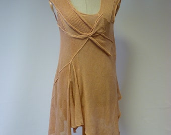 The hot price, peach linen tunic, M size.