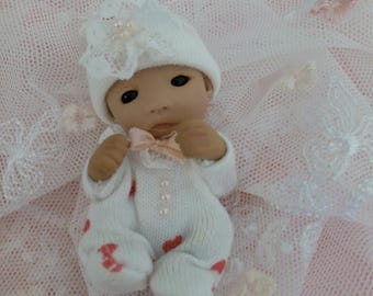 Dollhouse baby girl 1:12 Dollhouse