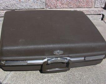 Vintage Suitcases Hardside Suitcase Brown Suitcase Vintage Luggage 21-In Royal Traveller Shwayder Bros Mid Century Luggage Vintage Travel