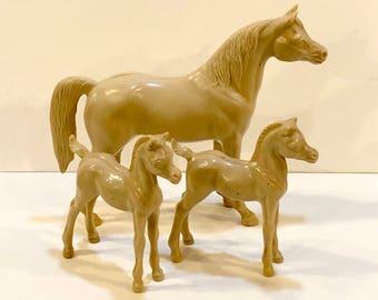 Vintage Plastic Horse, Toy Hartland Plastics, Palomino Mare  Colts, 3 Horse Models, Horse Toy, Western Decor, Horse Figure, USA, 1960s