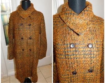 "Vintage Curly Wool Plaid coat,  Retro Wool Coat, Boucle Wool coat, 50s Wool Winter Coat, Large X Large 42"" chest"