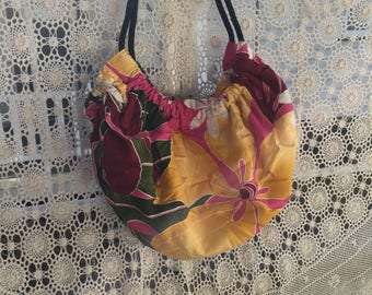 BEACH BAG with plastic lining