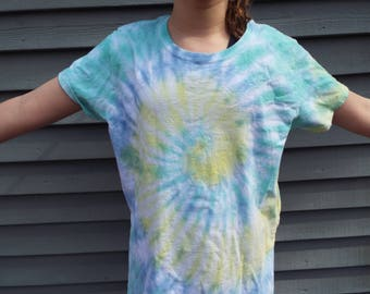Ladies Tie Dye Shirt, Ladies L, Womens Tie Dye, Ladies Cut Shirt, Hippie Women, Boho Tshirt, Pastel Tie-dye Feminine Tshirt, Hippie Clothing