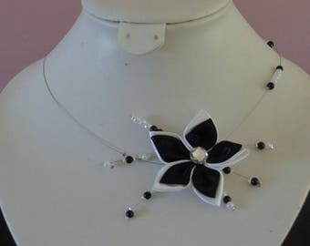 Flower necklace black and white wedding beads