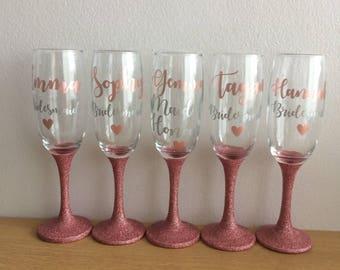 Bridesmaids glass, maid of honour glasses, glitter wine glass, bride wedding glass, champagne glasses, glittered glasses, bride gift,