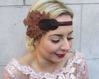Brown Curled Feather Headpiece 1920s Headband Flapper Vintage Fascinator 4762