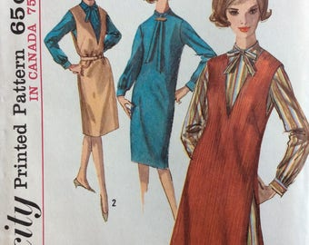 Simplicity 5593 misses slim dress and jumper size 12 bust 32 vintage 1960's sewing pattern  Uncut  Factory folds