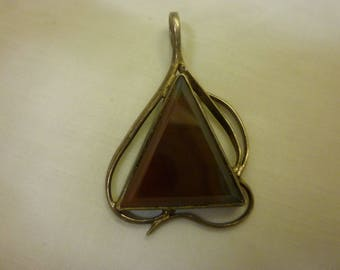 J40 Vintage Sterling Silver with Agate Pendant.