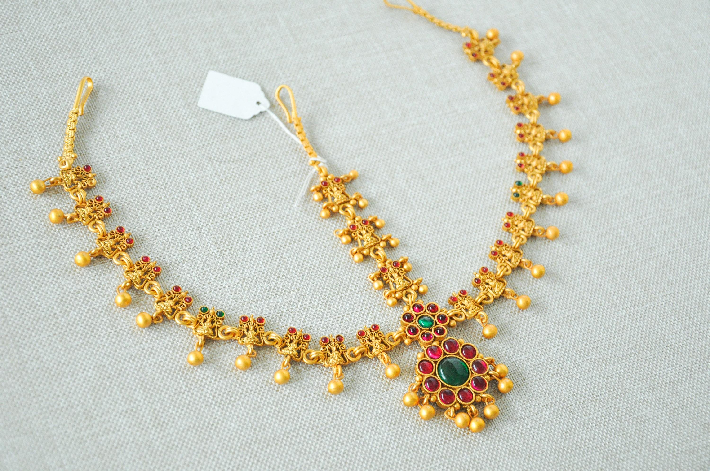 We wedding headpiece jewellery - Antique Indian Temple Gold Headpiece Matt Kemp Tikka Matha Patti Ruby Emerald Kemp Indian Jewelry