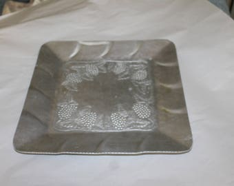 Vintage Everlast Forged Aluminum Platter Square, Nice Serving Dish, Great Centerpiece with Fruit on it, Fake or Real, Grape Decoration