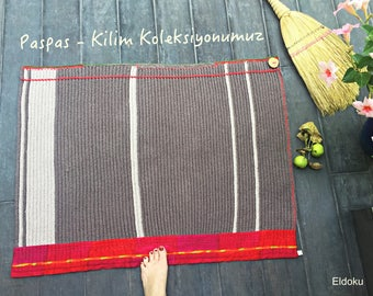 Crochet rug made of recycled cotton