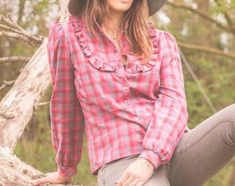 Western style vintage pink chequered shirt