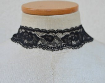 Choker of Black Lace, evening necklace Choker necklace black Gothic Black Lace, black sexy necklace, black embroidered evening necklace