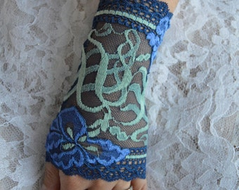 Sleeves elegant lace cuffs lace vintage chic lace arm warmers, fingerless gloves, lace, Ruffles, blue, evening