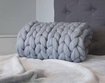 Chunky knit blanket. Giant yarn. Premium merino wool. Super bulky yarn. Thick  big huge yarn.