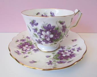 Aynsley Violette Crocus Tea Cup, Saucer, mint condition/ Gold Purple Violet Aynsley footed teacup saucer