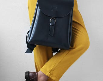 Womens backpack / gray