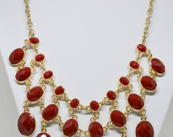 Stunning Gold Tone Necklace With Red Beads