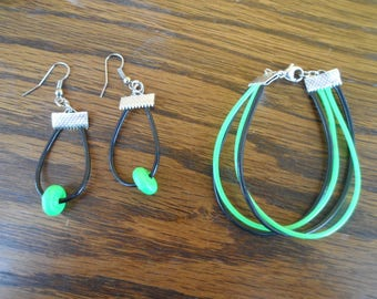 Set, bracelet, earrings, plastic and Pearl green and black
