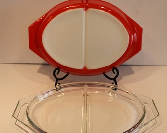 Red Divided Pyrex Dish - Oval 2 Part Pyrex - 1.5 Quart Pyrex With Lid - Friendship Birds Divided Dish - Vintage Pyrex