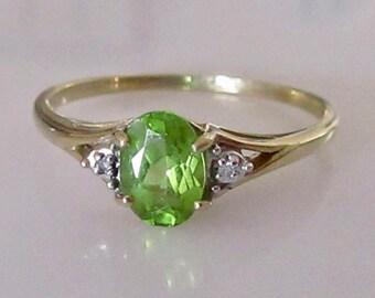 9ct Gold Peridot and Diamond Ring
