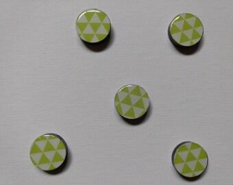 Green/White Triangles Magnet Set