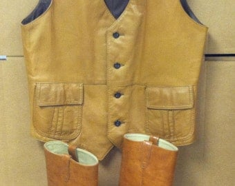 True Vintage 1970's Lot Leather Silk Lined Tan Brown Vest Size Med By Ramsgate & Leather Dingo Boots Size 7 1/2 D Awesome Clothing Accessory