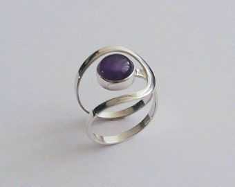 Amethyst gemstone ring, spiral band sterling silver ring, stone ring, sterling silver ring, solitaire ring, amethyst ring, birthstone