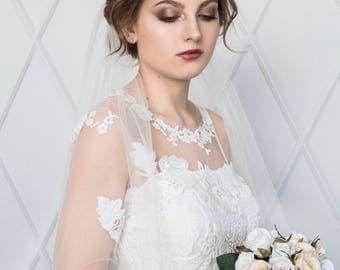 GRACEFUL | Classic single tiered elbow length veil, bridal veil, wedding veil, illusion tulle ivory veil