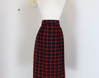 "1960s Skirt -  Buffalo Plaid Midi Pencil Skirt - Red Black Plaid - Front Pleats - Vintage Mad Men - Union Label - Size Medium 29"" Waist"