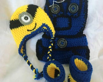 Adorable Newborn Crochet Minion Outfit Yellow Blue Black Photo Shoot Prop