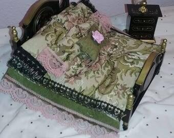 Victorian Tapestry Comforter