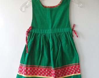 80s corduroy girls dress// Holiday Christmas vintage folk hippie preppy farm smock jumper// Size 3T 4 5 USA