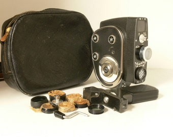 Vintage KMZ Quarz M - USSR - 8mm Cine Camera - Mechanical - With Lots Of Extras - 1960s