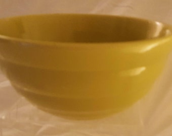 Vintage American Bauer Pottery #18 Ceramic Chartreuse Ringware Beehive Mixing Bowl
