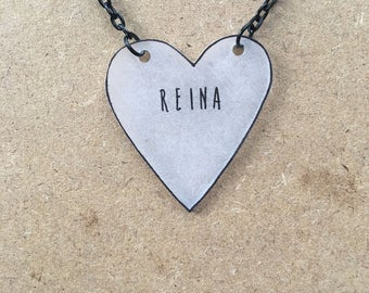 Reina : Heart-Shaped Necklace