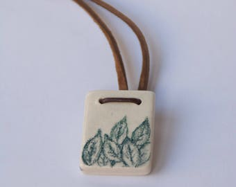 Rectangle Ceramic Pendant with Green Leaves drawings