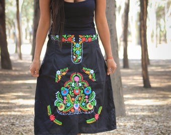 Mexican Embroidered Skirt//Mexican Skirt