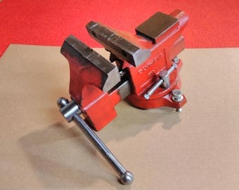 """Vintage Olympia Bench Vise 4 1/2"""" Swivel Base Work Shop Project Tool"""