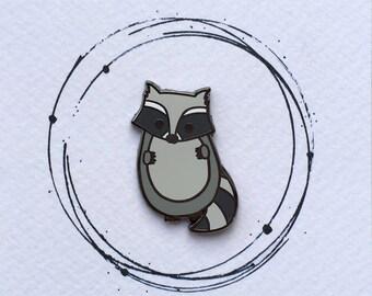 Raccoon Pin Badge, Cute Stocking Filler, Raccoon Gift, Raccoon Enamel Pin, Animal Enamel Pin, Cute Xmas Gift, Raccoon Badge, Raccoon, Xmas